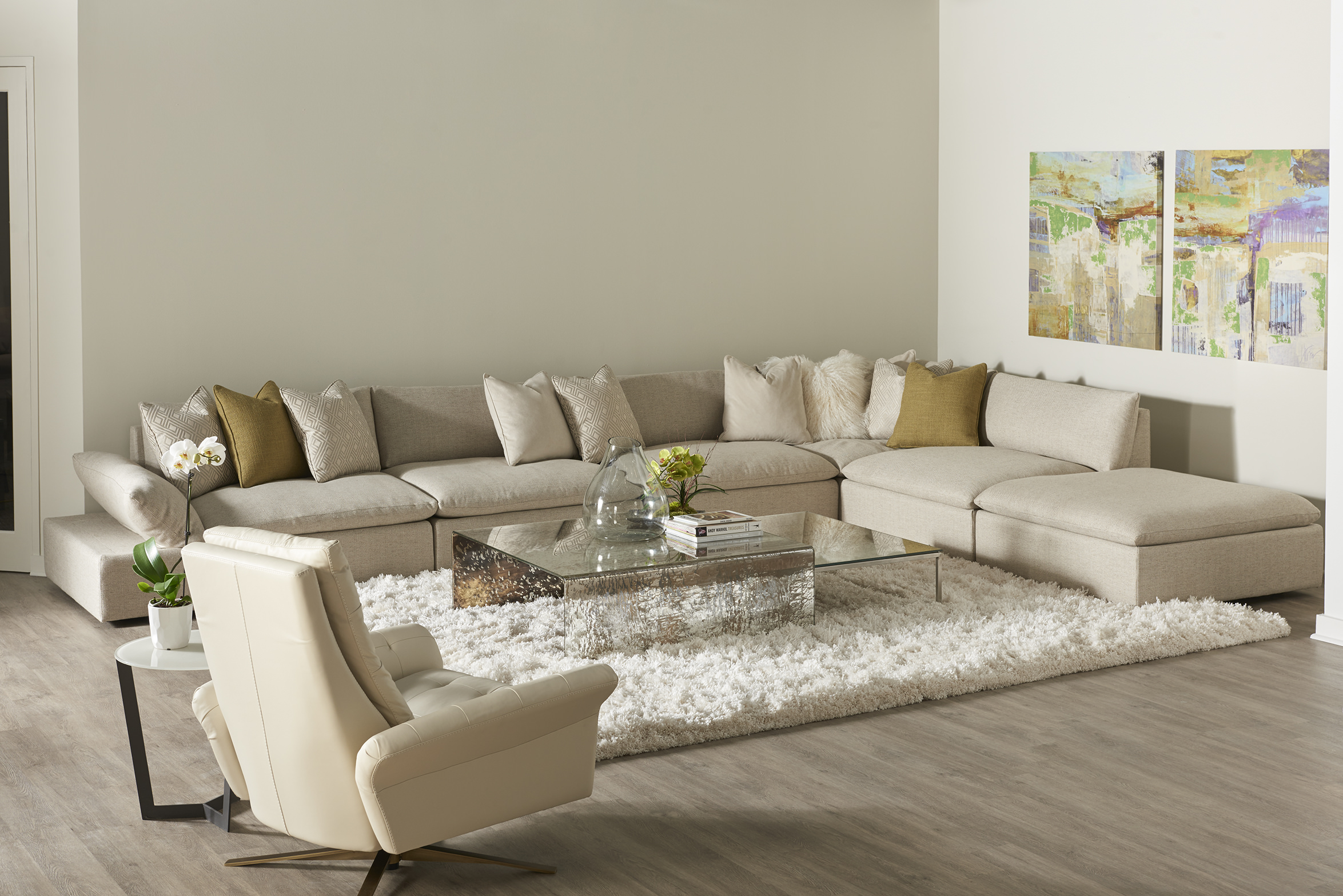 Versa Sectional with Pileus Comfort Air